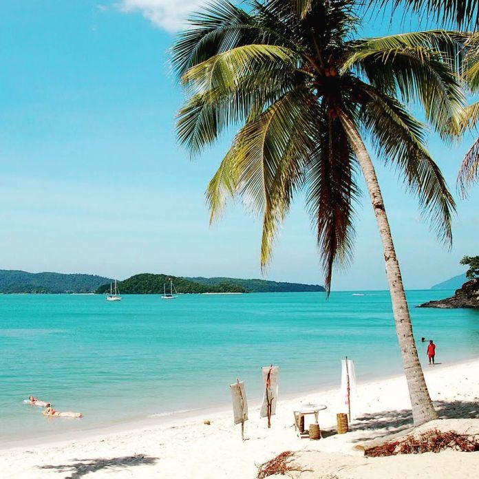 Pantai Cenang malaysia