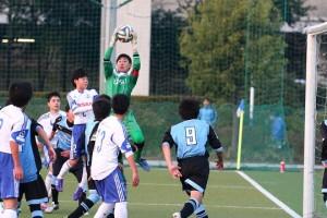 関東ユースでは初先発だった韓選手。キャプテンマークも巻いた