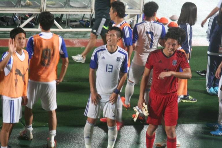 関西学院も試合後は悔しそうな表情の選手が目立った。13番呉屋選手は16までゴール数を伸ばした