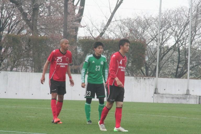 駒澤の伊勢らのディフェンスを受ける時間帯が続いた岸晃司選手