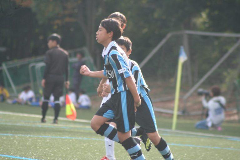 松尾凛久選手が決めてフロンターレが先制する