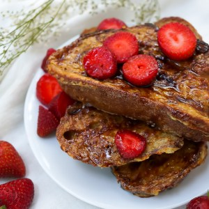 Creme Brulee French Toast with Strawberries (Dairy Free, Refined Sugar Free)
