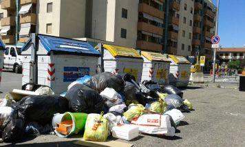 campi rifiuti via magenta (2)