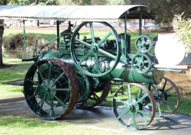 Steam engine Cygnet- Huon Valley Apples - Images Via Beth Hall
