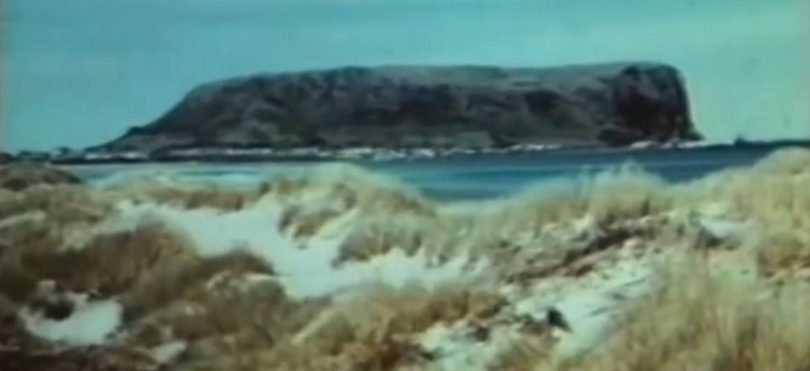 Gateway to Charm (1955 Northwest Tasmanian Tourism) -27