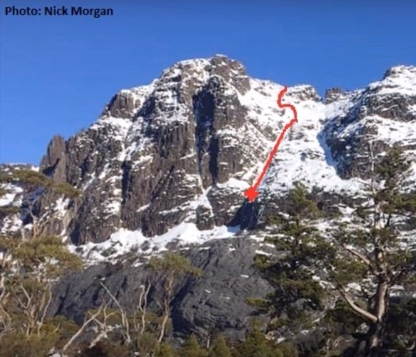 Skiing Cradle Mountain - by Ben Armstrong - 17