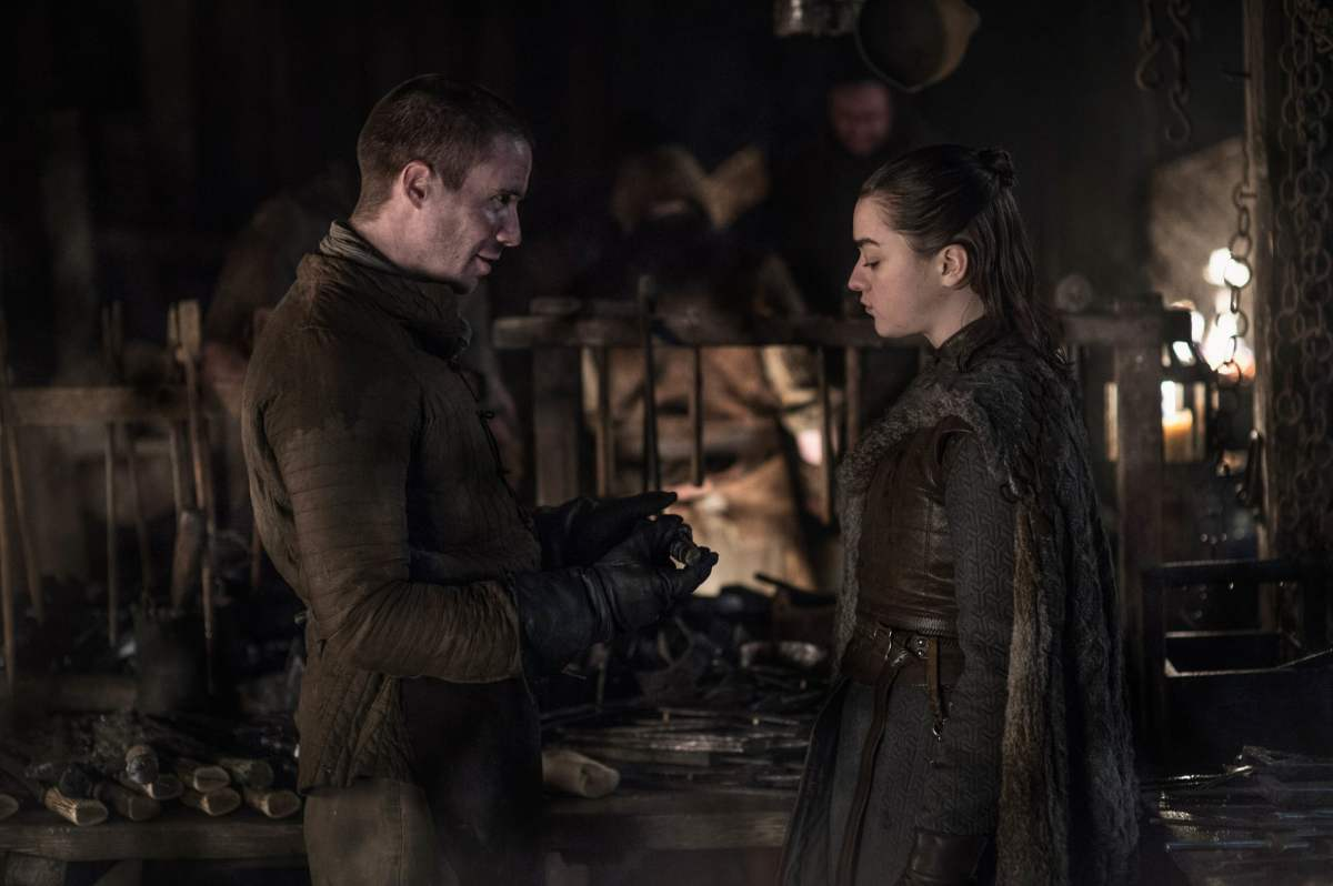 Arya Stark and Gendry Waters exchange pointers.