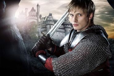 promotional image from the BBC showing Arthur Pendragon wielding a sword
