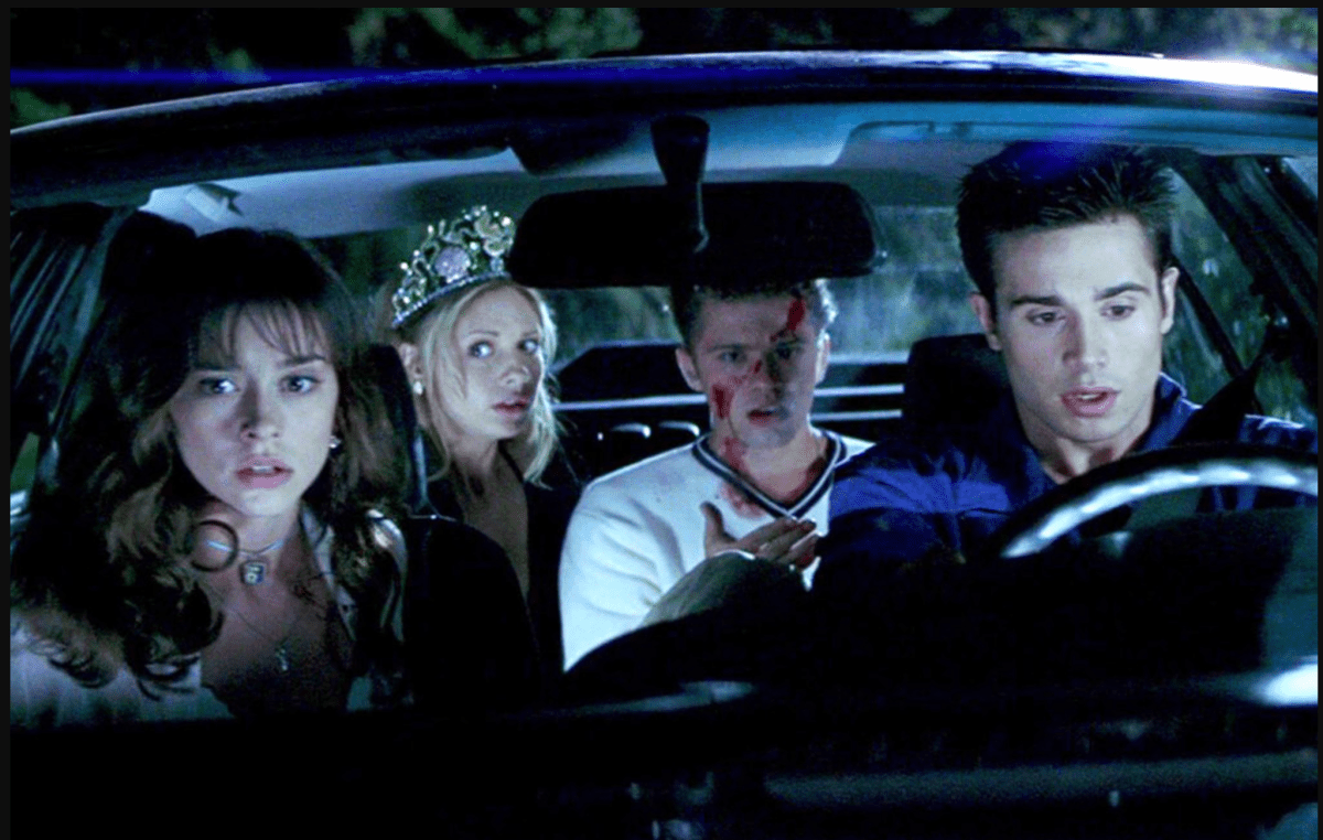 Julie, Ray, Helen, and Barry from I Know What You Did Last Summer.