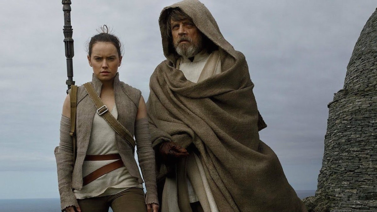 Rey and Luke Skywalker on Atch-To