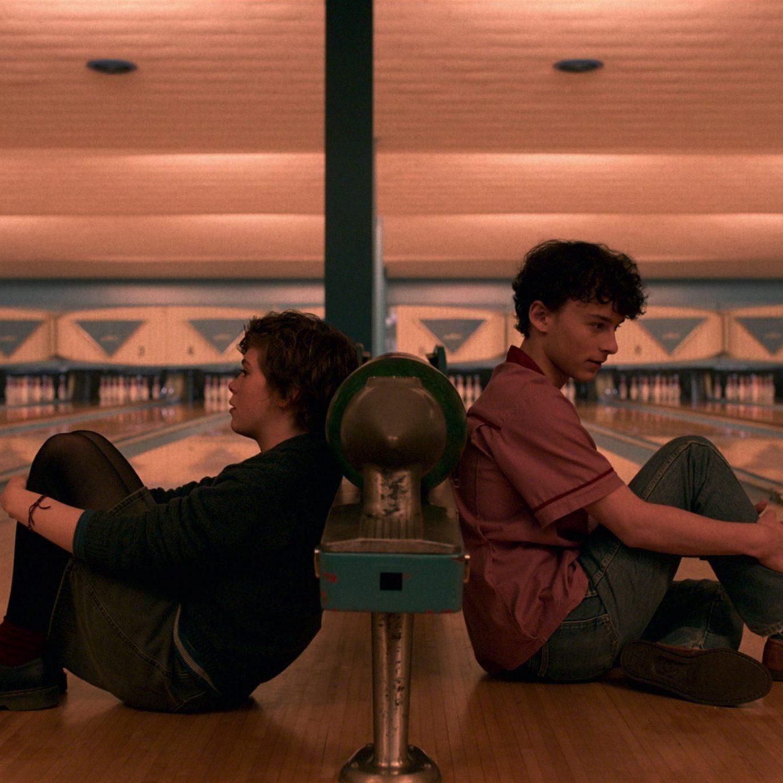 Sophia Lillis, & Wyatt Oleff; Courtesy of Netflix (2020)