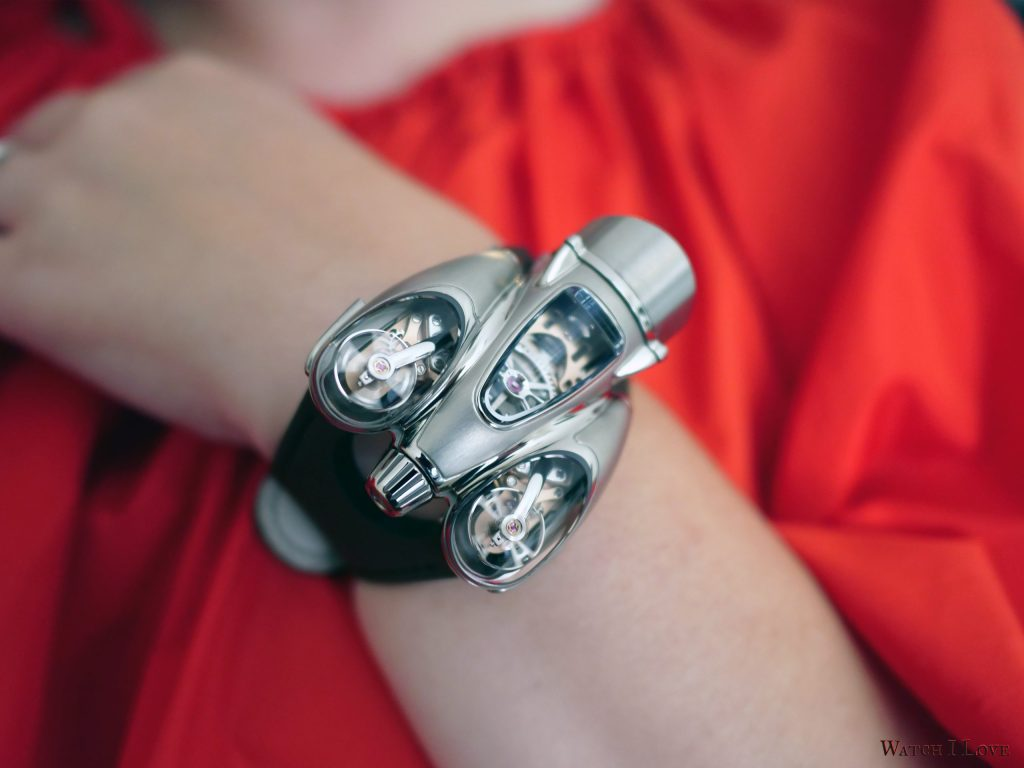 MB&F Horological Machine N°9 'Flow' lady wrist