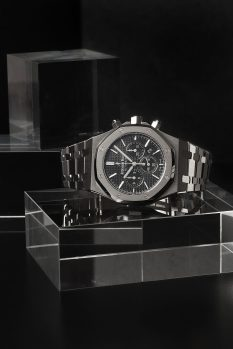 WatchBox Les Ambassadeurs Audemars Piguet Royal Oak Chrono