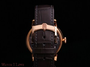 Arnold-&-Son-Nebula-38-strap-and-buckle