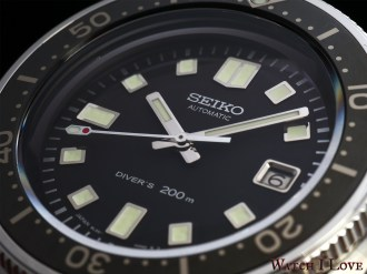 The dial of Seiko SLA033J1 is dressed in black - a serious look for a tool watch