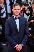 Nicholas Hoult wearing Jaeger-LeCoultre Polaris Date at the 76th Venice International Film Festival ©getty