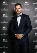 Nicholas Hoult wearing Jaeger-LeCoultre Polaris Date at the 76th Venice International Film Festival ©sebastiano pessina Nicholas Hoult poses for a portrait in the Jaeger-LeCoultre Lounge at the 76th Venice Film Festival at Hotel Excelsior. Venice, 28th august 2019 (Photo by Sebastiano Pessina for Jaeger-LeCoultre)