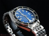 DOXA-SUB-200-blue-oblique