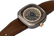 SEVENFRIDAY_Watches_T202_StudioShots_Side_300dpi