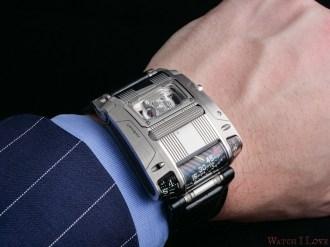 On the wrist with UR-111C Iron