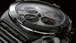 03_chronomat-b01-42-with-a-silver-dial-and-black-contrasting-chronograph-counters