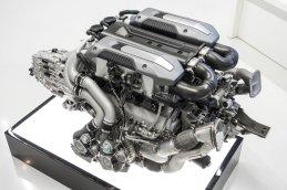 Bugatti_Chiron__powertrain_007