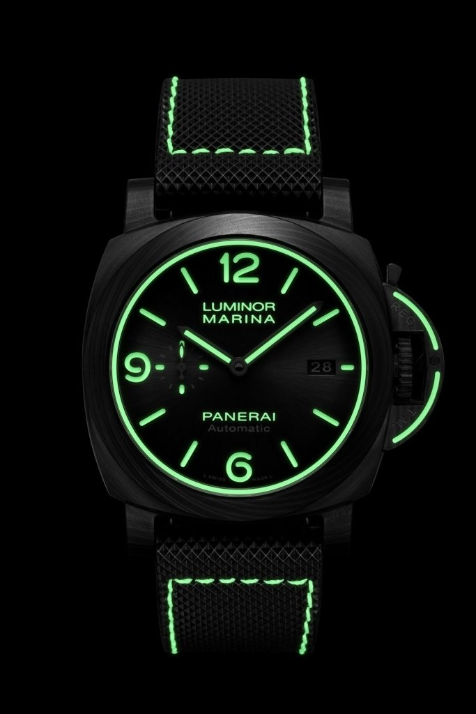 Panerai Luminor Marina Carbotech™ – 44 mm PAM01118