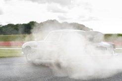 Aston_Martin_DB5_Goldfinger_Continuation10-jpg