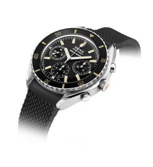 798.10.101.20 (black dial, black rubber strap)