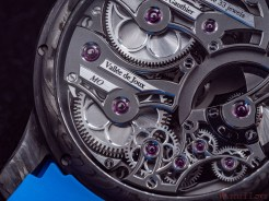 Romain_Gauthier_Insight_Micro-Rotor_Squelette_ Manufacture-Only_Carbonium-1057806