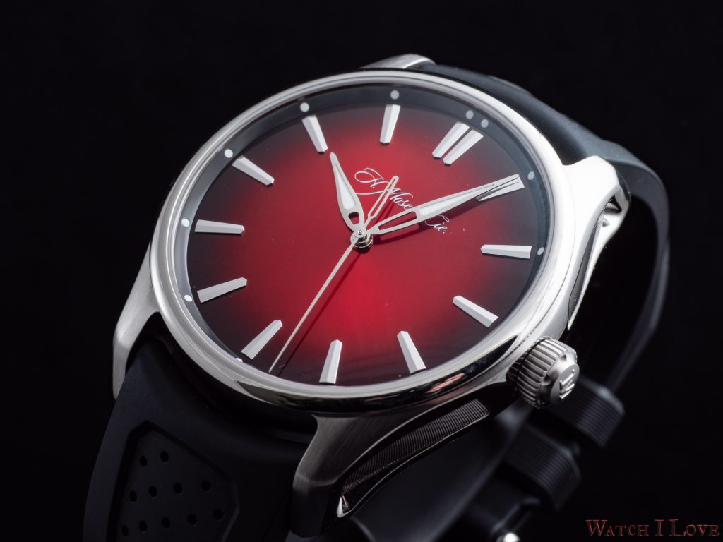 Hands-on H. Moser & Cie Pioneer Centre Seconds Swiss Mad Red