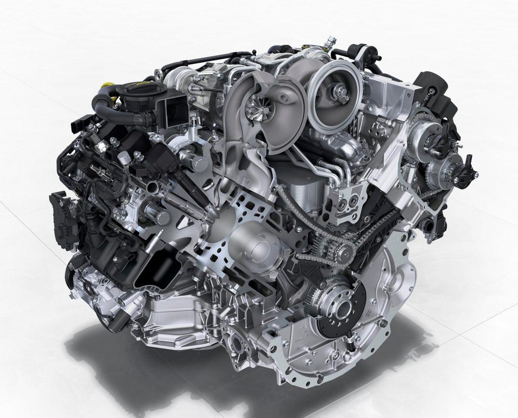 Flying Spur V8 - 4.0-litre, twin-turbocharged V8 develops 135+ bhp per litre