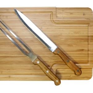 T436-tabla-de-madera-con-cuchillo-tenedor-asador