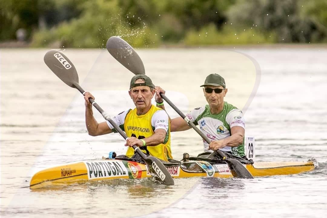 Canoístas do CN Prado em acção na mais longa maratona do Mundo
