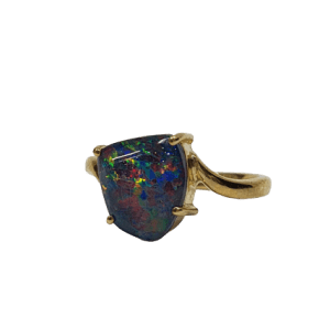 9CT yellow gold Triplet Opal ring_0