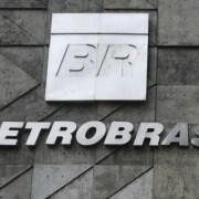 Petrobras poderá ser privatizada por Bolsonaro, diz Guedes