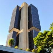 Banco Central volta a vender dólares pela primeira vez desde 2009