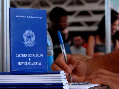 Desemprego vai a 11,6%, atingindo 12,4 milhões, segundo IBGE