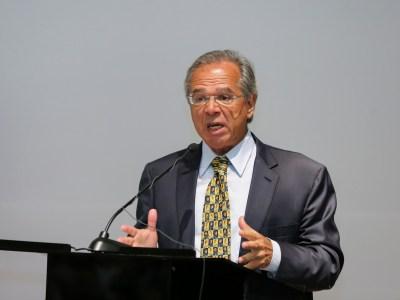 Paulo Guedes pretende propor a privatização todas as estatais, afirma jornal