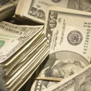 Dólar fecha em queda de -1,05% após Brasil ameaçar deixar Mercosul
