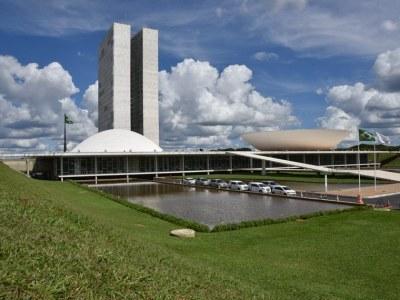 Congresso aprova crédito extra para o governo de R$ 248,9 bilhões