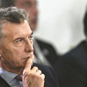 Macri anula congelamento de preços dos combustíveis na Argentina