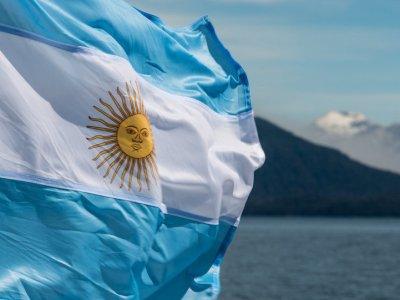 S&P rebaixa rating da Argentina para default seletivo