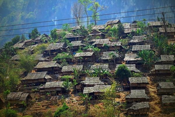 Un camp de réfugiés karen, près de la frontière birmane avec la Thaïlande