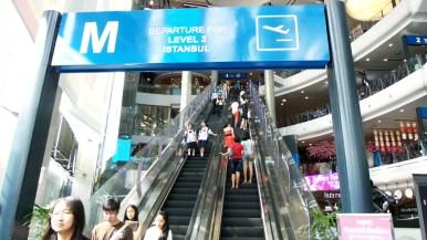Terminal21, BTS station Asok
