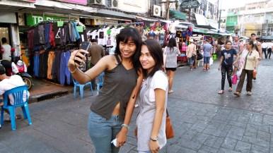 Khao San Road, ambiance touriste et selfie obligatoire