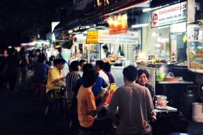 Bangkok Sukhumvit soi 38 Street Food Night Market - Photo : Clémence Cluzel