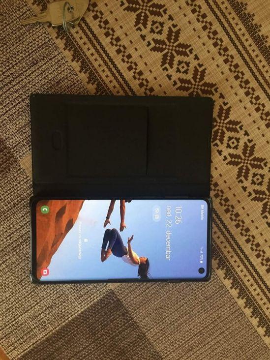 Mobitel Samsung koji je pronašao Haris i vratio vlasniku - undefined