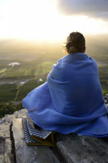 Saphira Schroers Tips from a Newbie Rock Climber // Beginner Climbing Spots in Brisbane (QLD) Mt Tibrogargan, woman, blanket, sunset, view