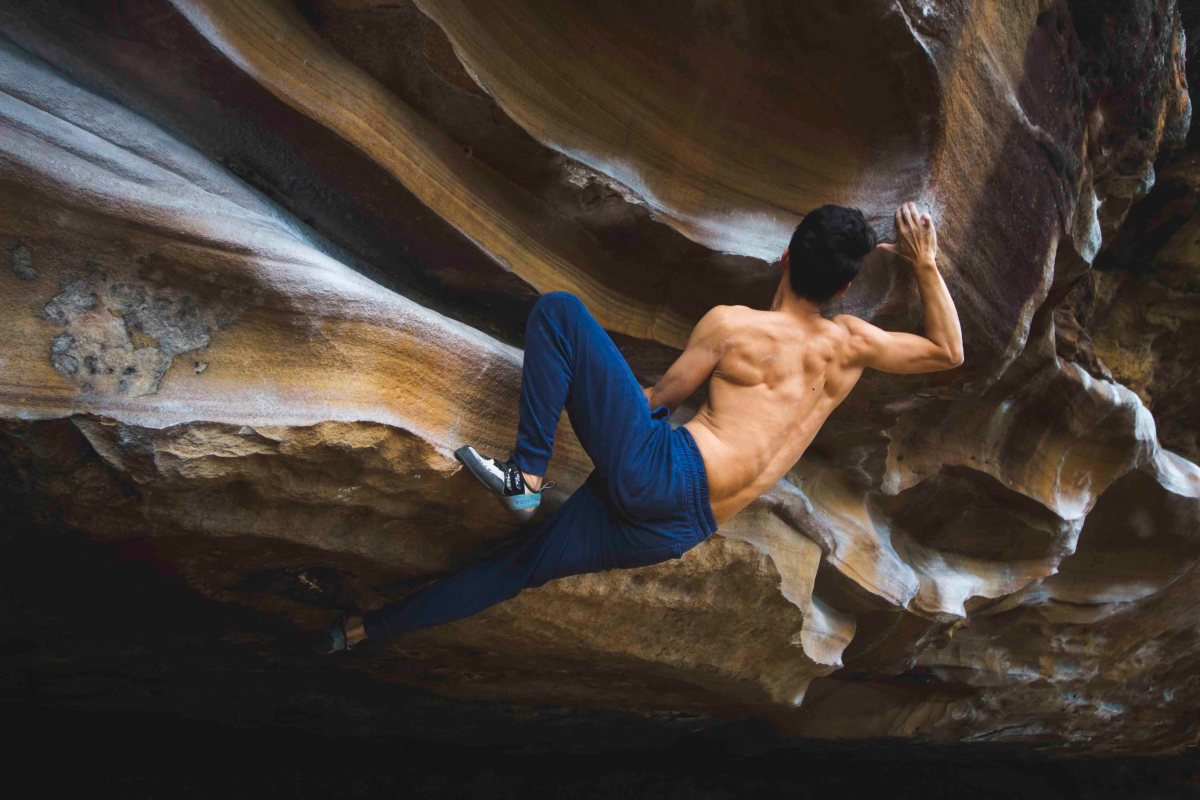 Aron Hailey, rock climbing bouldering Sydney NSW Anthony Sissy